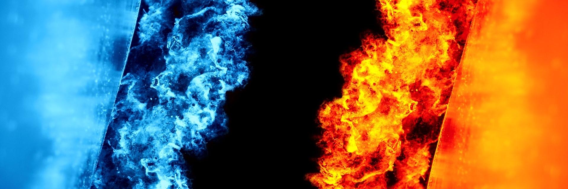 Na sliki s črnim ozadjem je desno oblak oranžnega ognja in levo oblak modrega ognja.